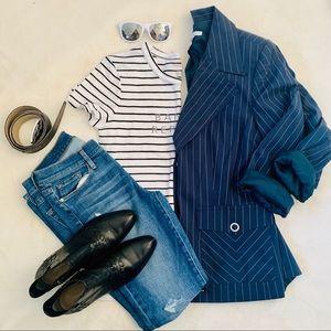 EUC Cabi pin stripe navy blue jacket